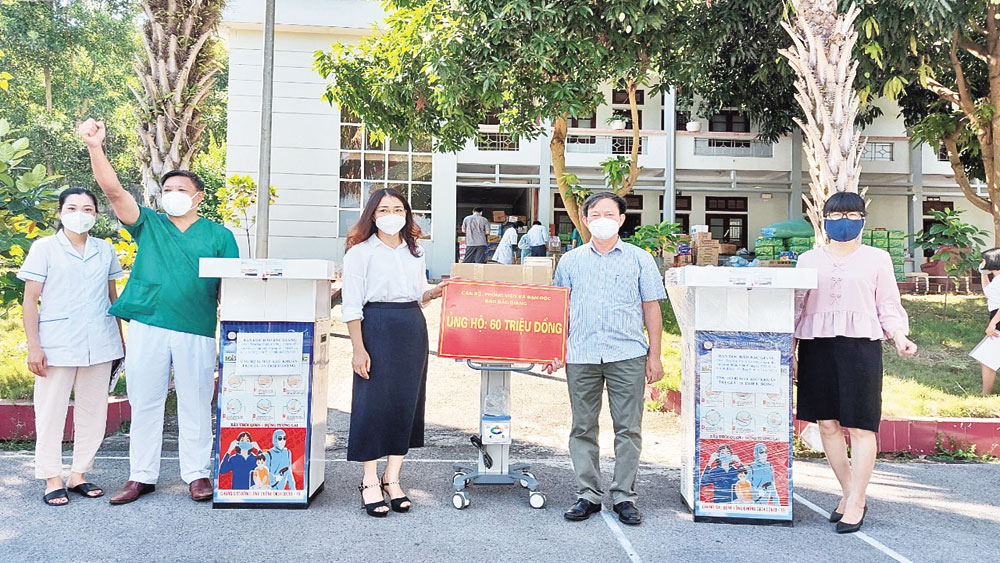 Bac Giang Newspaper connects kind hearts to epicenter