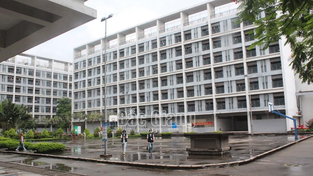 Bắc Giang: Hỗ trợ doanh nghiệp trong các khu công nghiệp khôi phục sản xuất