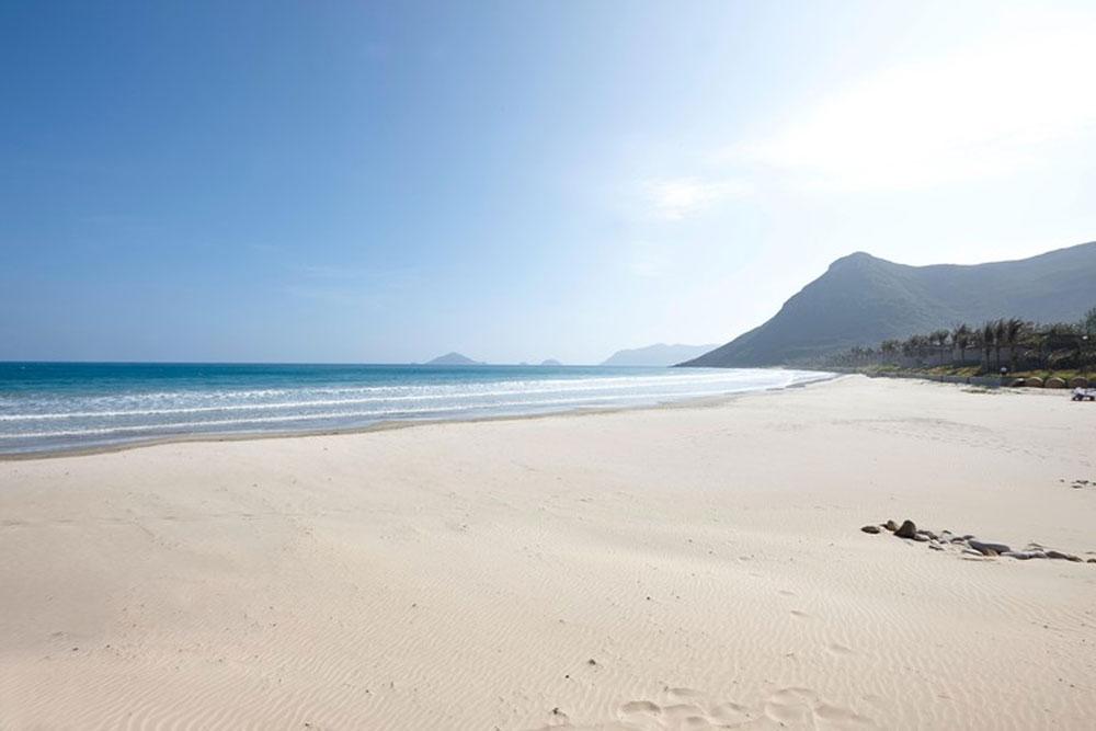 10 best national parks, Vietnam, beautiful beaches, most popular destinations, international tourists