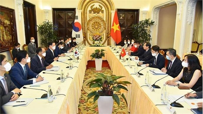 Vietnam, ROK seek to further advance ties