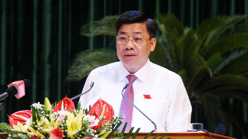 Đồng chí Dương Văn Thái  phát biểu khai mạc  kỳ họp thứ nhất, HĐND tỉnh khóa XIX