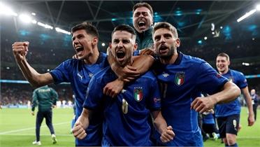 Italy vào chung kết EURO 2020 sau loạt luân lưu