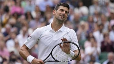 Djokovic thắng trận 100 ở sân cỏ