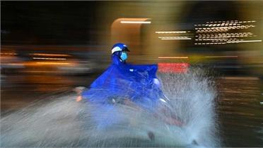 Bắc Bộ và Bắc Trung Bộ tiếp tục mưa giông, đề phòng gió giật mạnh