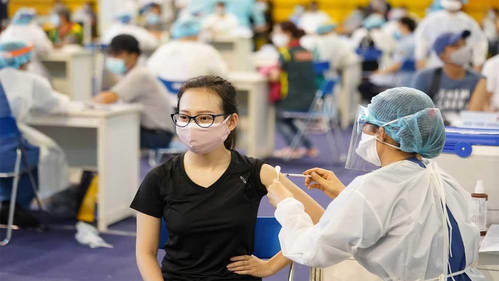 Chiến dịch tiêm chủng vắc xin phòng Covid-19 toàn quốc năm 2021-2022