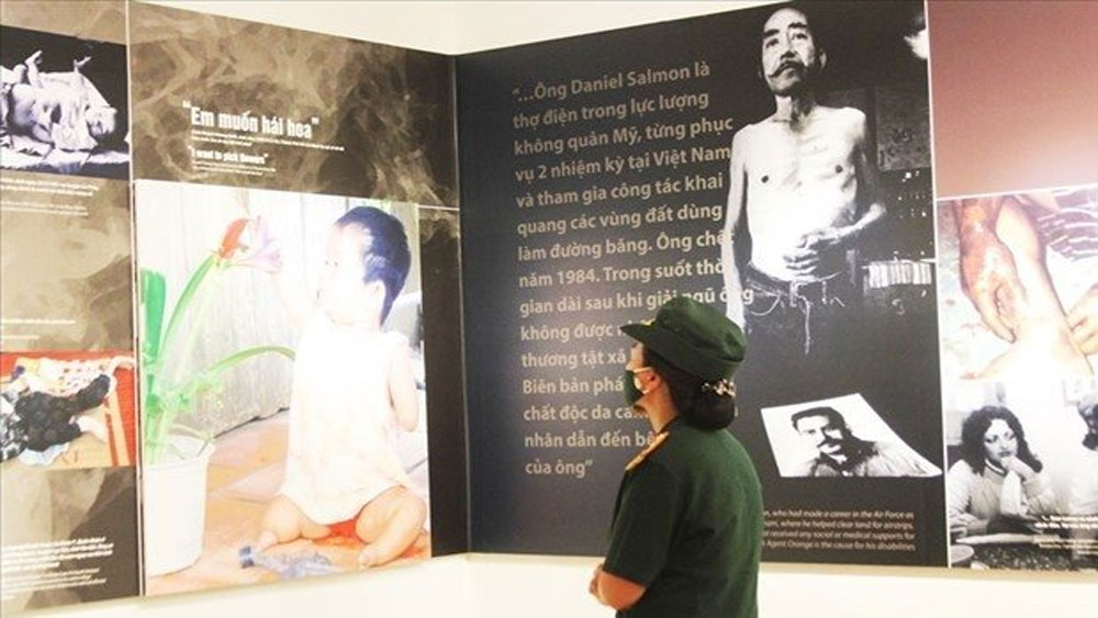 Exhibition looks back on 60 years of AO disaster in Vietnam
