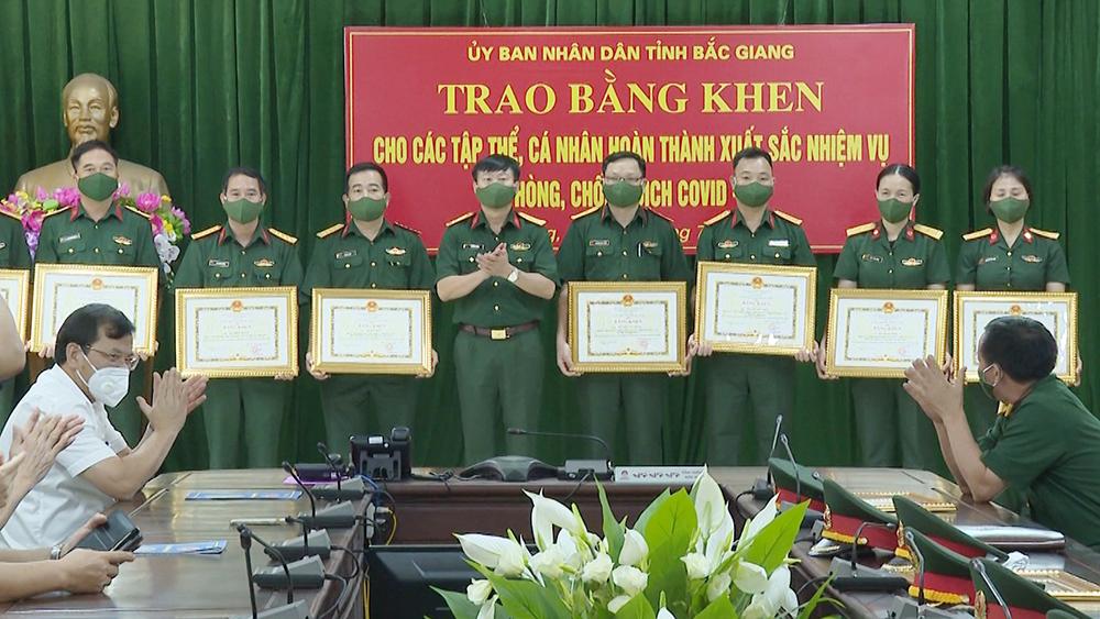 Bắc Giang, Phan Thế Tuấn, trao Bằng khen, quân đội phòng, chống dịch Covid-19