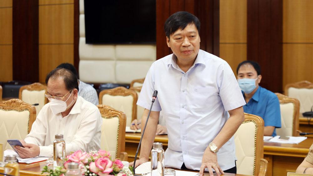 Đồng chí Vũ Mạnh Thắng phát biểu thảo luận.