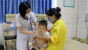 2 bệnh nhi bị tai nạn nguy kịch tính mạng được cứu sống