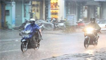 Miền Bắc bước vào đợt mưa dông dài ngày