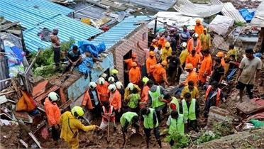 Lở đất, sập nhà khiến 25 người chết ở Ấn Độ