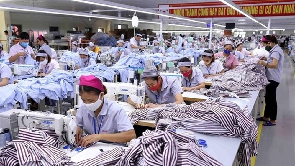 Vietnam, world's top 20, host economies, FDI, first time, Covid-19 pandemic, foreign direct investment