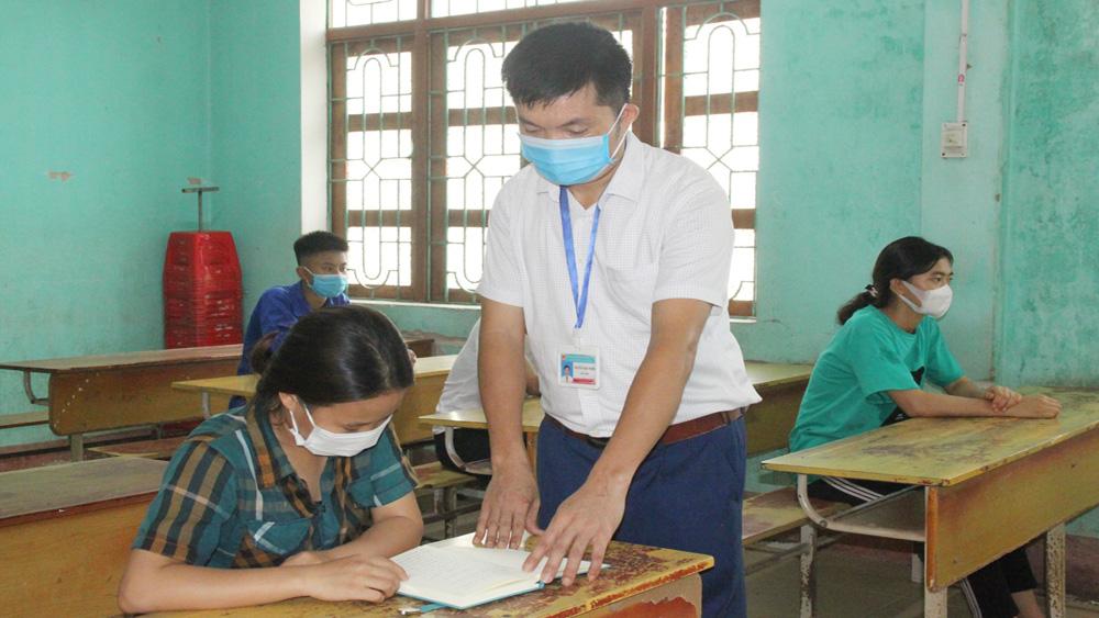 Cựu binh, thầy giáo, Nguyễn Ngọc Tuyến, Trường THPT Lạng Giang số 3, Đồng Văn Long ở xã Hợp Thịnh, Bắc Giang