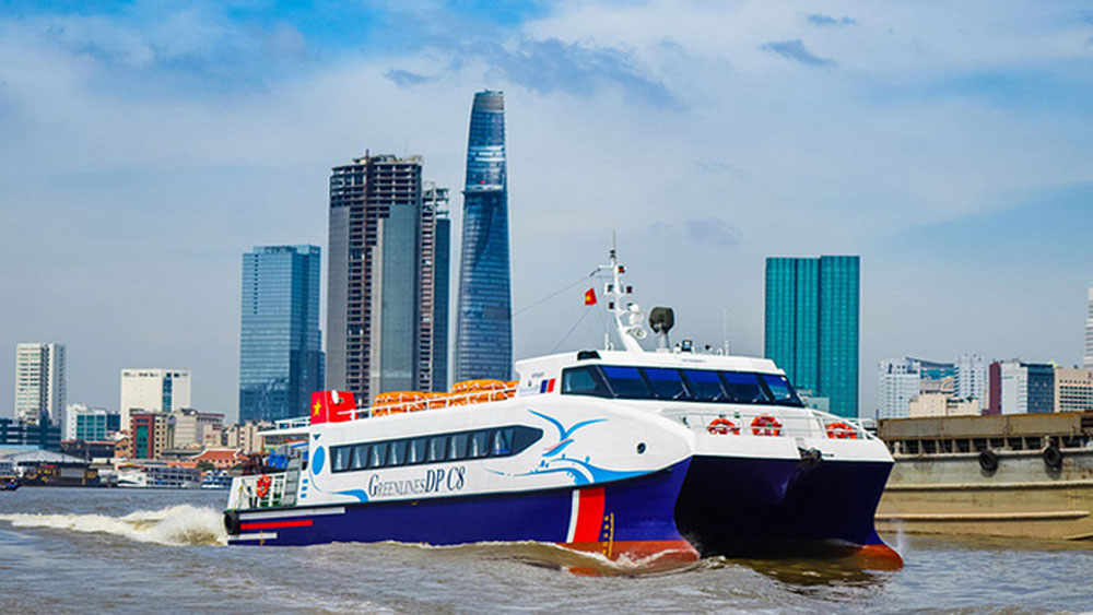 High-speed boats to deliver Mekong Delta produce, medical supplies to HCMC