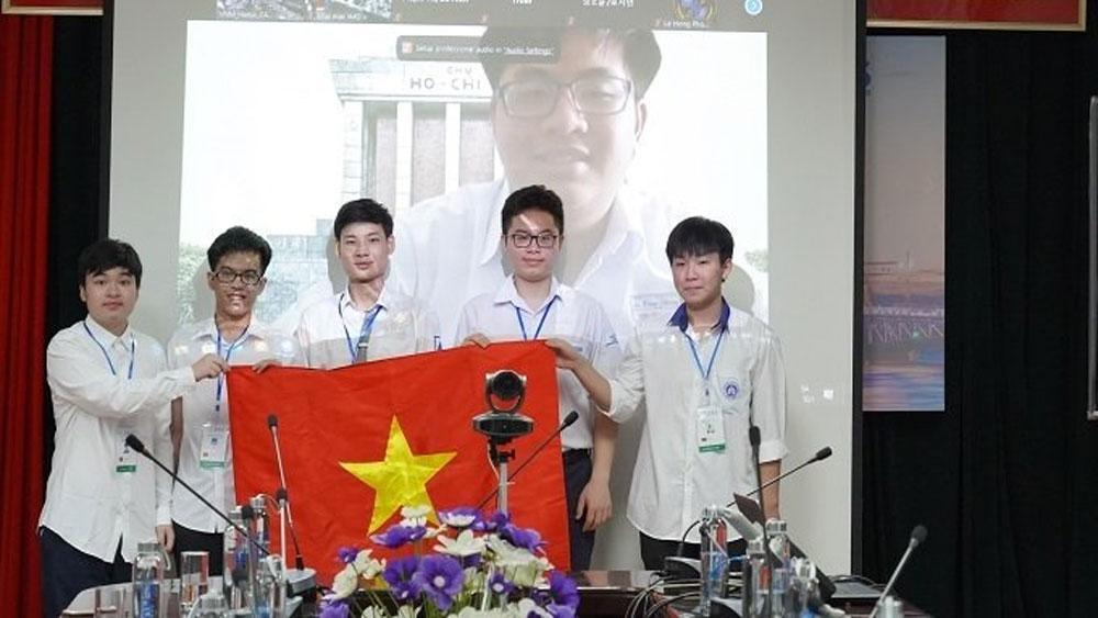 Six Vietnamese students compete in Int'l Mathematical Olympiad