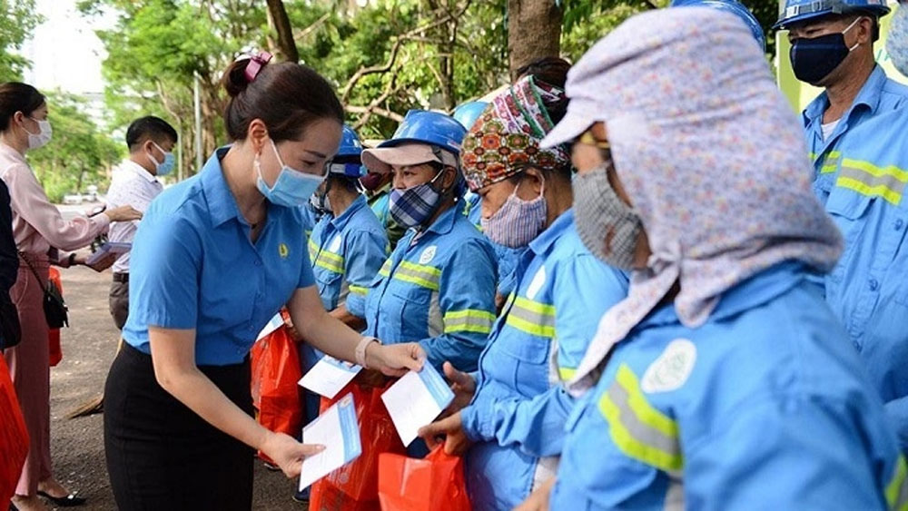 Hanoi, gives support, Covid-19 pandemic, overcome difficulties, suspending operations, waiting for dissolution
