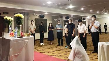 Bố qua đời, sinh viên quê Bắc Giang chịu tang tại tâm dịch TP Hồ Chí Minh