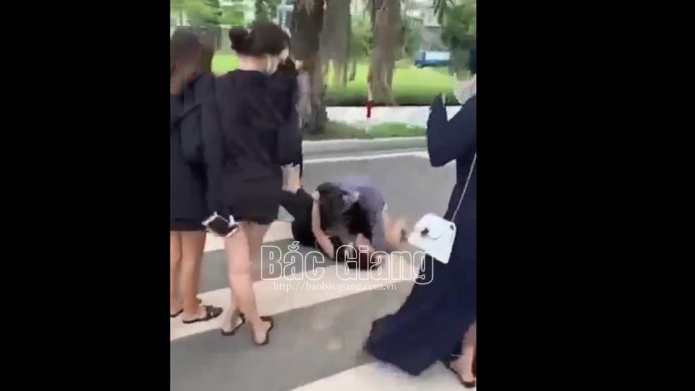 Bắc Giang,nữ thiếu niên, đánh nhau, quay clip, đưa lên mạng,Cảnh báo, cách ứng xử, của giới trẻ