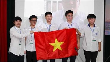 Học sinh Trường THPT Chuyên Hà Nội – Amsterdam giành huy chương Vàng Olympic Toán học quốc tế 2021