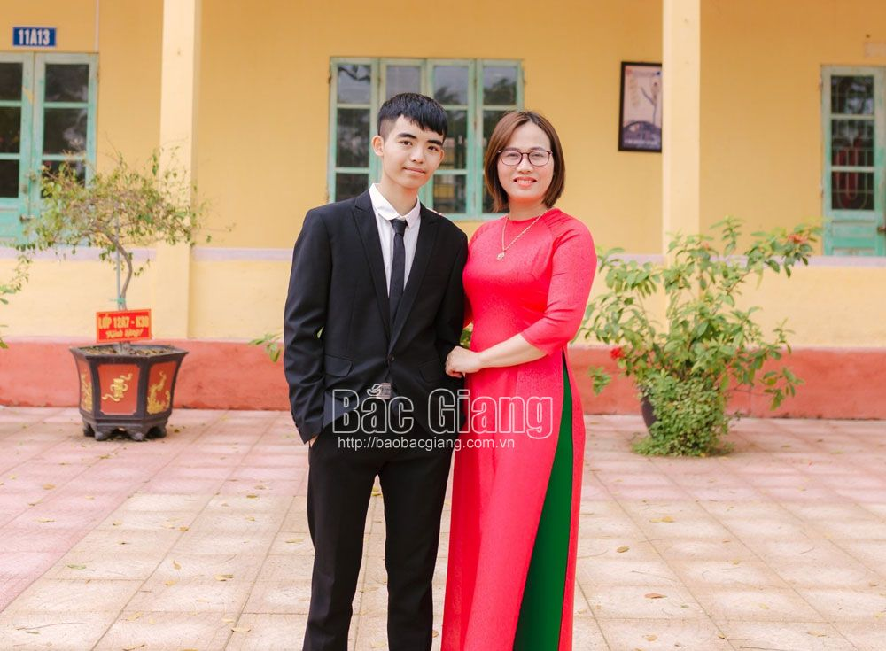 Bac Giang student, scores highest, A1 group, Than Trong An, Bac Giang province, high school graduation exam, Department of Education and Training