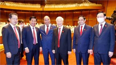Quốc hội tiếp tục thảo luận tại hội trường