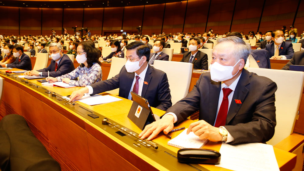 Activities of Bac Giang delegation at the first session of the 15th National Assembly