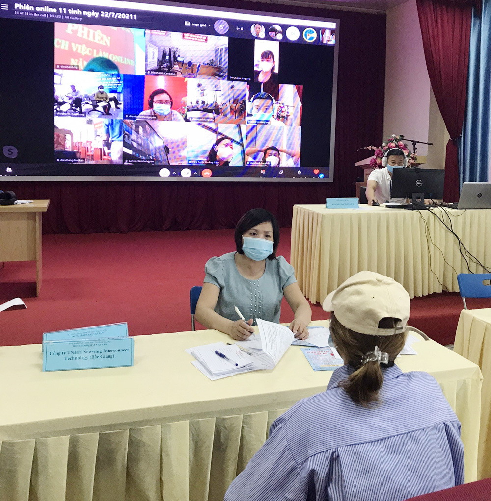 Bac Giang province, online job transaction session, Northern localities, Covid-19 prevention and control, Job Service Center, labour employment