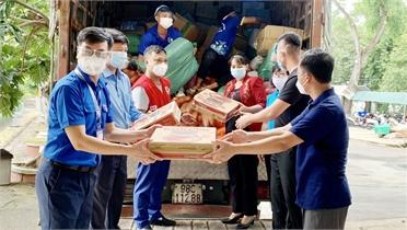 Đoàn xe tình nguyện chở nhu yếu phẩm của Bắc Giang đã đến TP Hồ Chí Minh và Đồng Nai