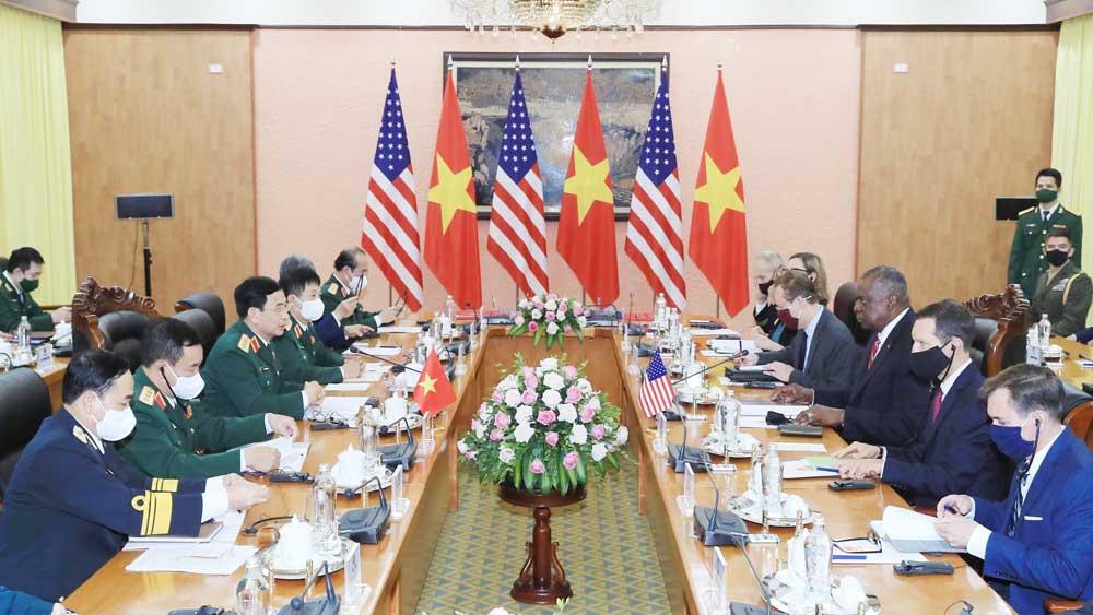 Bộ trưởng Quốc phòng, Hợp chúng quốc Hoa Kỳ, thăm chính thức Việt Nam