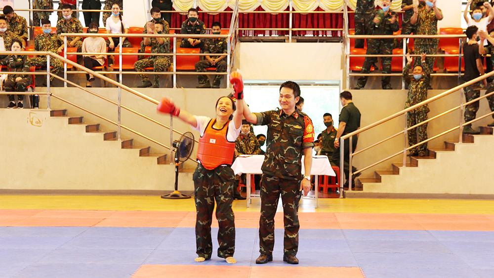 Bộ CHQS tỉnh Bắc Giang, Thiếu tá Nguyễn Thị Khuyên, Huy chương Vàng, võ chiến đấu tay không