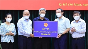 Chủ tịch nước Nguyễn Xuân Phúc: Giãn cách phải gắn với chăm lo đời sống cho người dân
