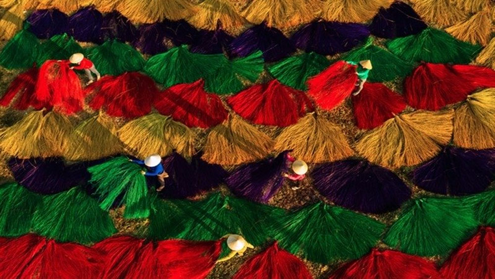 First international art photo contest,  Ho Chi Minh City, travel and daily life, awards ceremony, FIAP badges
