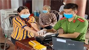 Công an Bắc Giang tiếp tục tăng ca thu nhận hồ sơ cấp căn cước công dân