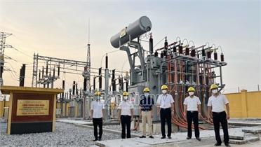 Đóng điện máy biến áp T2, trạm biến áp 110kV Yên Dũng