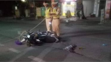 Bắc Giang: Tài xế xe chở khách nghi gây tai nạn chết người rồi bỏ chạy