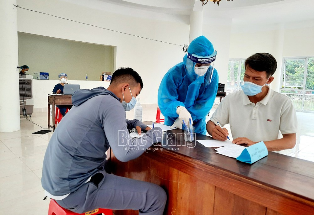 CDC Bac Giang, charged service, RT-PCR test service, Covid-19 pandemic, Bac Giang province, disease preventive requirements, fix sampling points