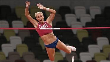 Mỹ giành HCV nhảy sào nữ Olympic sau 9 năm
