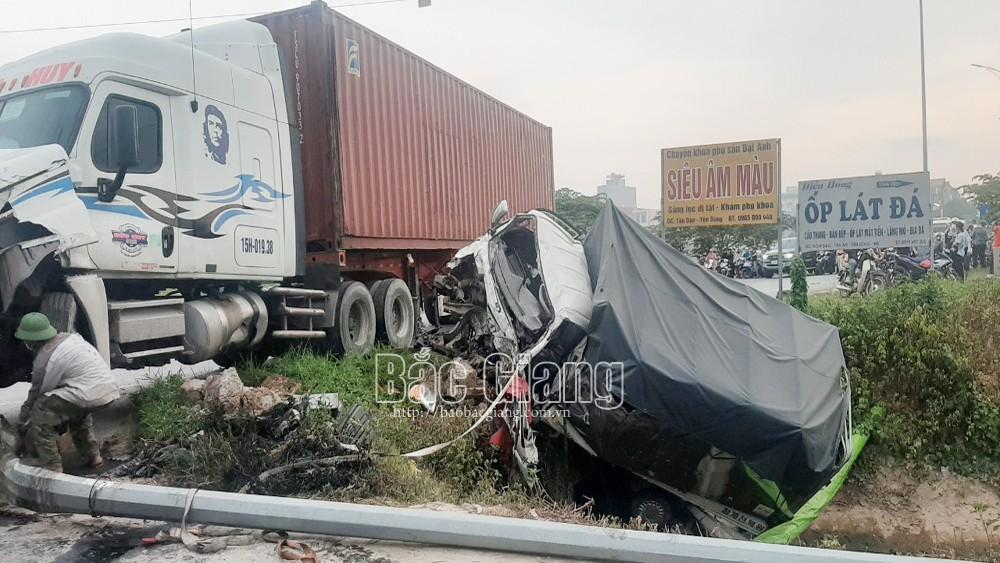 Bắc Giang: Hai người tử vong trong vụ tai nạn giữa hai ô tô là vợ chồng