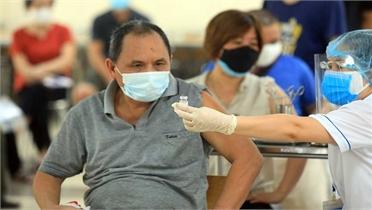 Sẵn sàng cho công tác tiêm chủng khi cuối năm vaccine Covid-19 về dồn dập