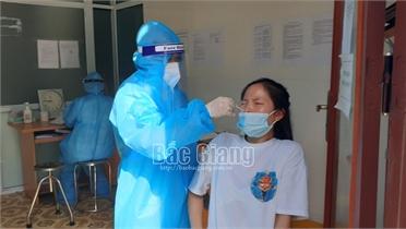 Giải mẫu gộp, 2 trường hợp lưu trú tại tỉnh Bắc Giang có kết quả  âm tính