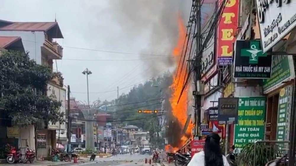 Cuộc giải cứu hai bé gái trong cửa hàng gas cháy ở Sa Pa