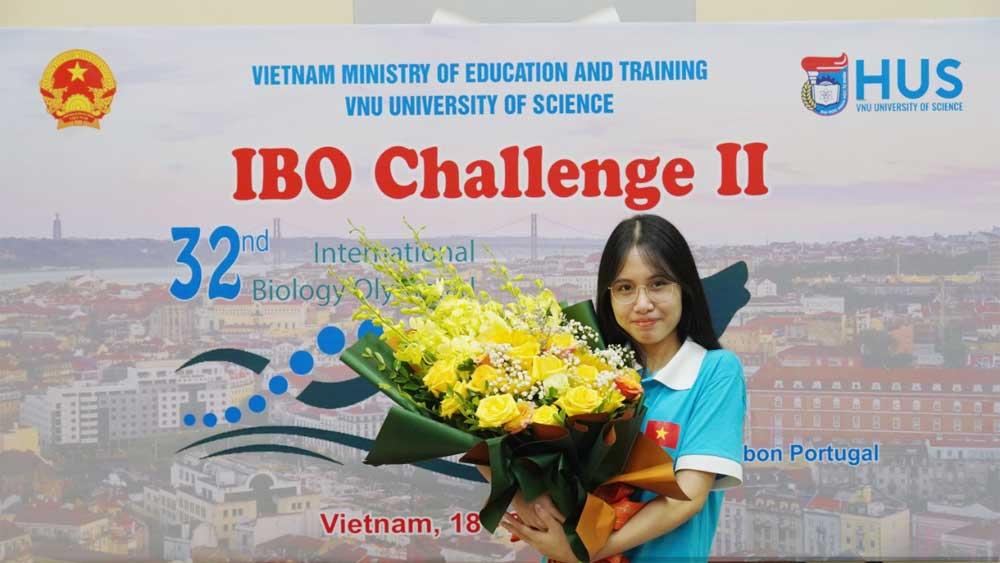 Nữ sinh được tuyển thẳng ĐH Y Hà Nội: Từng từ chối vào trường cấp 3 danh tiếng nhất tỉnh