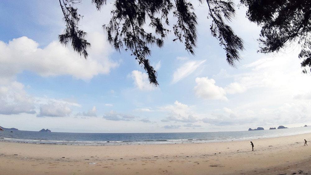 Discovering Ngoc Vung Island