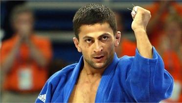 Nhà vô địch Olympic bị bắt vì cáo buộc giết người
