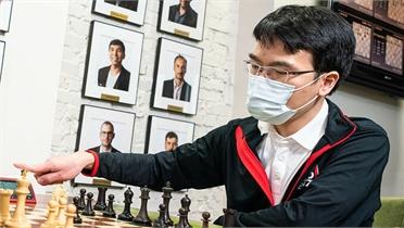 Quang Liêm cùng Carlsen dự chặng cuối Champions Chess Tour