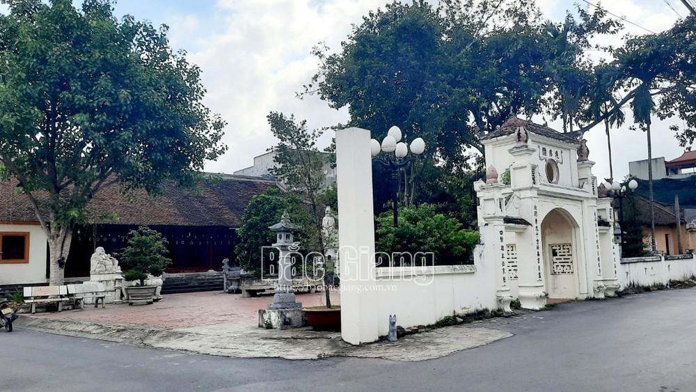 Các chùa chấp hành nghiêm quy định phòng dịch trong ngày Rằm tháng Bảy
