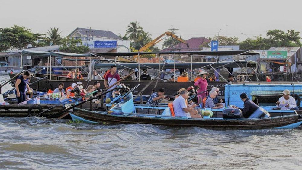 Cai Rang floating market among world's must-visit destinations