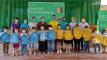 Bắc Giang: Hỗ trợ học sinh hoàn cảnh khó khăn