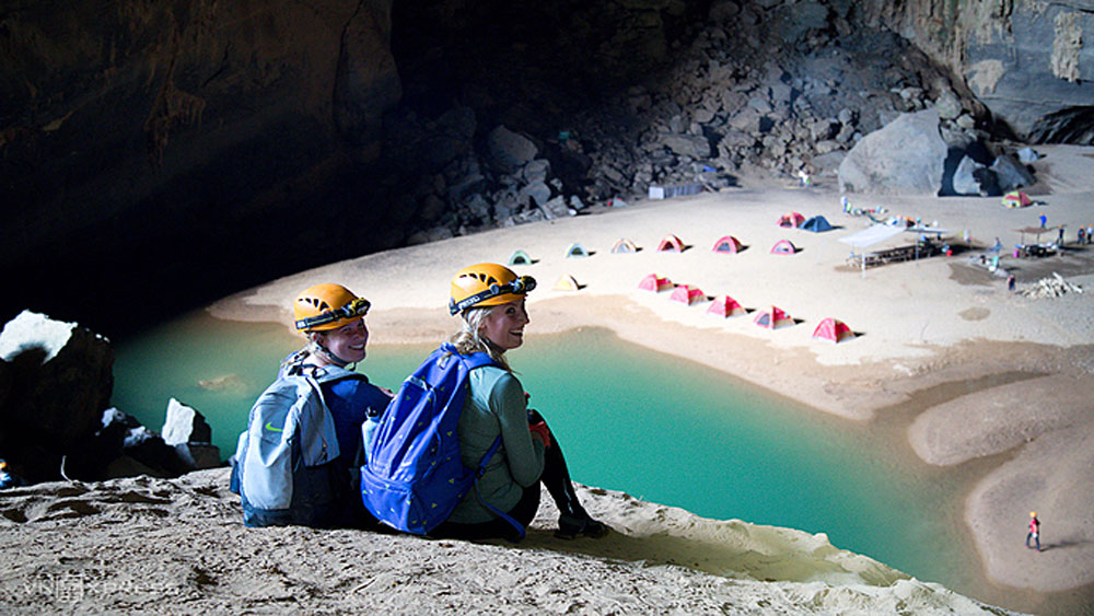 Quang Binh to halve entry fees to famous caves in 2022