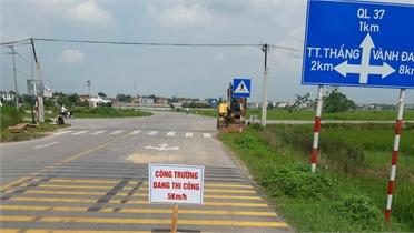Hiệp Hòa: Lắp đặt hệ thống đèn tín hiệu giao thông trị giá 1,2 tỷ đồng